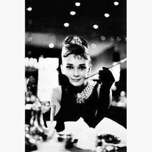 Κινηματογραφικές Αφίσες - Audrey Hepburn (Breakfast at Tiffany's B&W)
